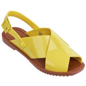 melissa-sauce-sandal-amarelo-marrom-l173a