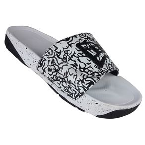 chinelo-new-era-slip-on-branded-oreo-branco-preto