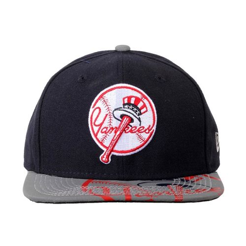 bone-new-era-foil-redux-reflective-new-york-yankkes-osfa-snapback