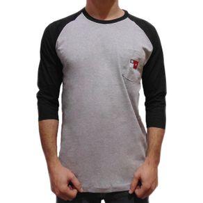 camiseta-dc-especial-raglan-cinza