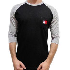 camiseta-dc-especial-raglan-preta