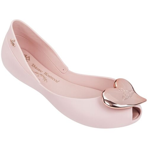melissa-vivienne-westwood-anglomania-queen-ii-rosa-cameo-l160