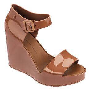 melissa-mar-wedge-marrom-arpoador-doch-l175a