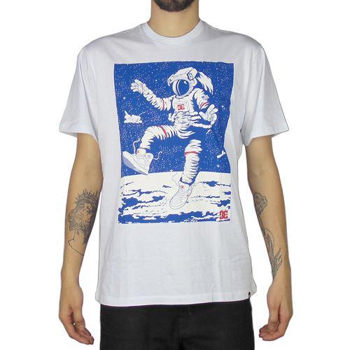 Camiseta-DC-Basica-Farout-Astronaut-Branca