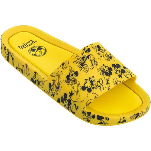 Melissa-Beach-Slide-Mickey-and-Friends-Amarelo-Preto